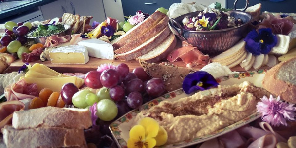 Canapes and table runners